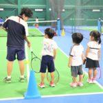 運動神経がいい子になれる!?テニスは幼児の習いごとにもおすすめ