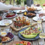 お外でお店の味を楽しもう!ピクニックにおすすめのテイクアウト5選